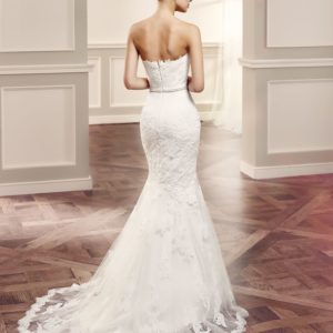 Beautiful Olva off white Double lace preloved wedding dress for sale