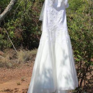 Mermaid style wedding dress 8/10