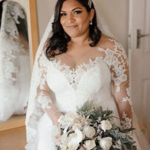 Pre-loved wedding dress