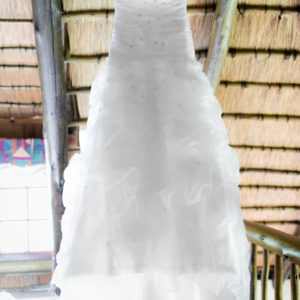 Beautiful Pre-Loved Wedding Dress and Veil